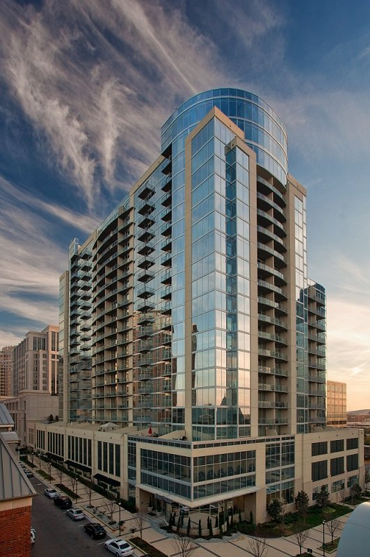 Glass House by Windsor Apartments in Uptown Dallas