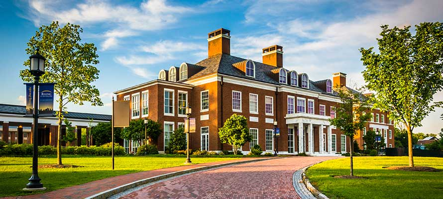 john hopkins apartments for college students