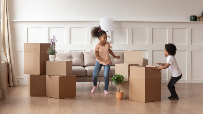 kids_moving_into_new_rental