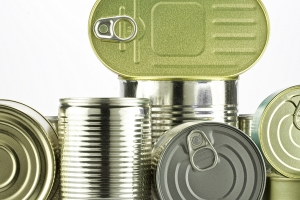 A variety of tin cans
