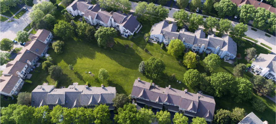 aerial view of Chicago suburbs homes